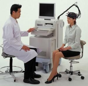 うつ病の診断は光トポグラフィー検査だけではできないことをご存じですか?