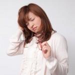 毎朝、頭が痛いのはうつ病の初期症状のサインかも