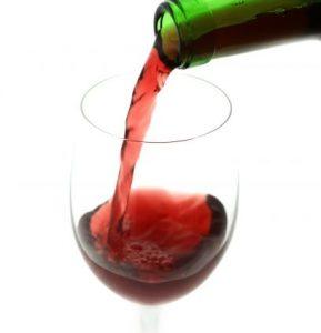 うつ病の予防には少量のアルコール摂取が効果があります